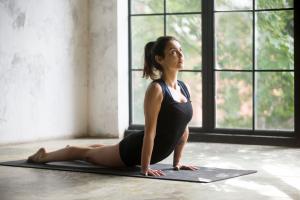 Presentazione e prova gratuita di hatha yoga @ Istituto di Crescita Personale La Rinascita del'Esserel